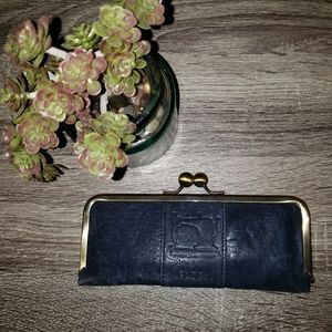 | Fossil | Sewing Kit